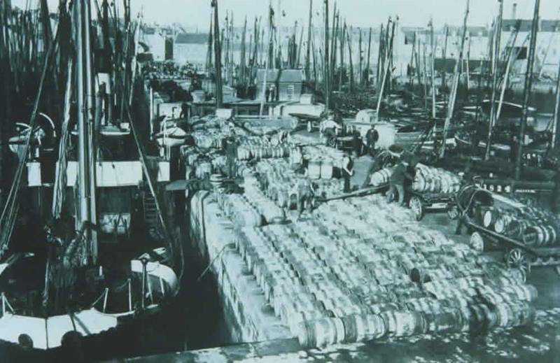 Old Fraserburgh Harbour from days gone by